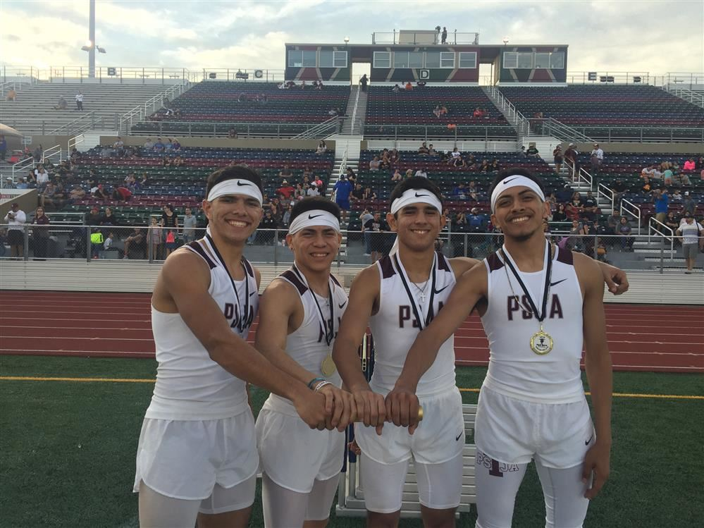 Bear Track Team places in the 800 meter relay