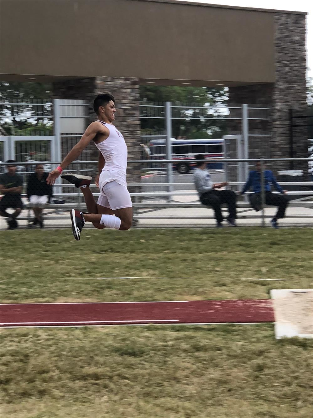 Marco Guajardo advances to Regional Track meet in 5 events!!