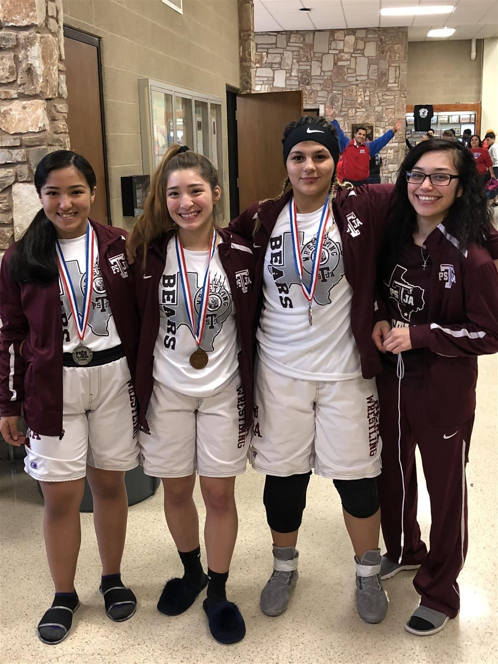 Lady Bears Wrestling Team State Bound