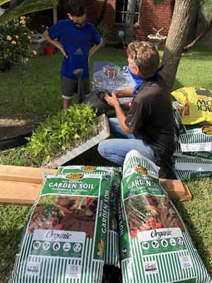 PSJA ISD promotes sustainability through DIY Garden Toolkits for families